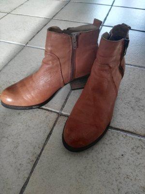 Bullboxer Zipper Booties cognac-coloured leather