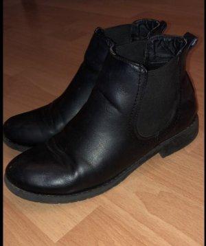 Stiefeletten schwarz Gr. 39 von H&M
