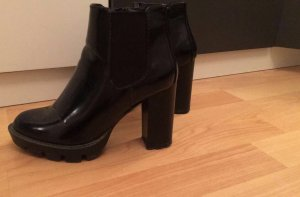 Stiefeletten Stiefel schwarz