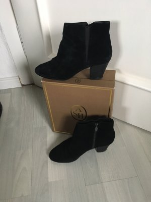 ASH Zipper Booties black suede