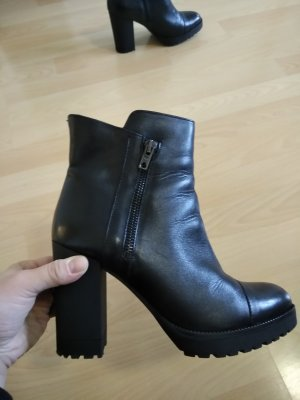 Stiefeletten von Betty Barclay