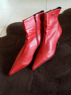 Stiefeletten von Buffalo, Gr. 39, Leder rot