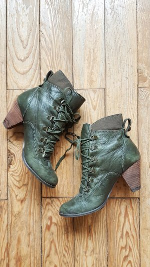 Stiefeletten von Buffalo London