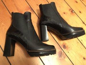Maripé Platform Booties black leather