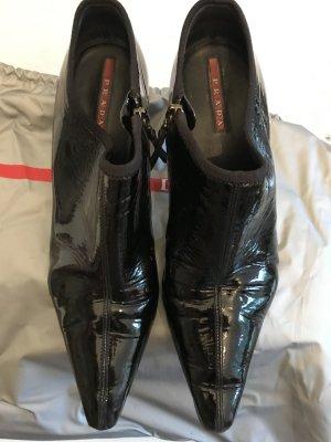 Stiefeletten von Prada, Lackleder, schwarz, Gr,38,5