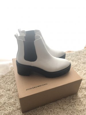 Stiefeletten von Pull and Bear