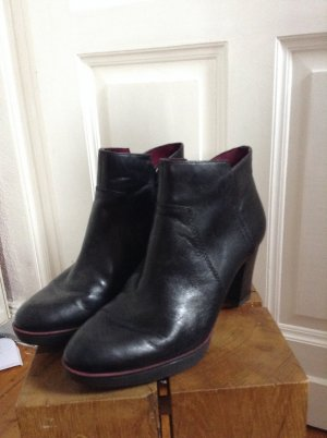 Tamaris Ankle Boots black leather