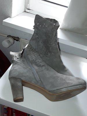 Gerry Weber Platform Booties light grey