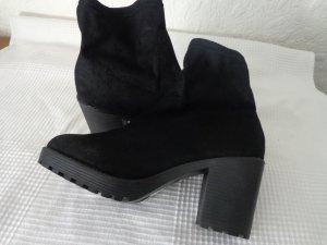 Dorothy Perkins Platform Booties black