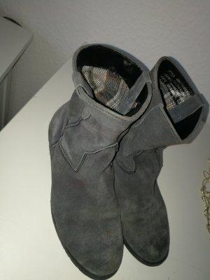 Stiefeltten Grau Blau