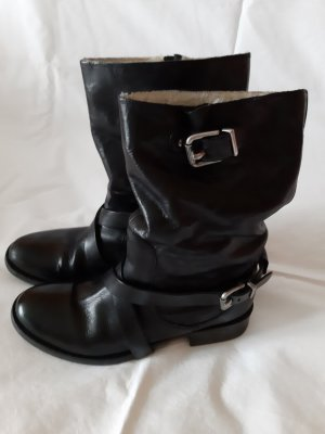 Maliparmi Slip-on Booties black