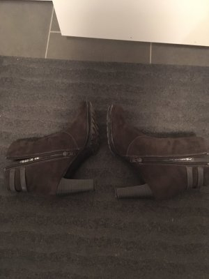 Deichmann Wedge Booties taupe