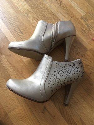 Graceland Laarzen met hak goud