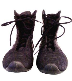 *  Stiefletten-Sneaker   *