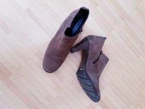 Stiefletten von Paul Green, in graubraunem Rauhleder