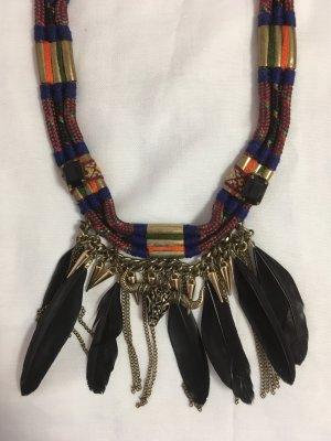 Stierkopf Halskette mit Federn von Zara