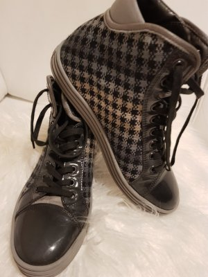 Stillvole High-Top Sneaker von HOGAN...Wie NEU!!!(NP 350 €)