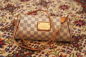 Stilvolle Louis Vuitton Eva Tasche