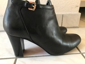 Belmondo Zipper Booties black