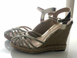 Sandalo con tacco alto oro