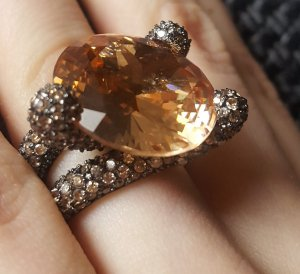 Stilvoller Ring Aprikosen-Zirkonia aus 925 Silber