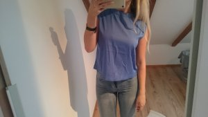 Stilvolles Blaues Tshirt