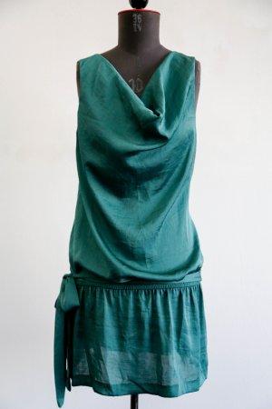 Stilvolles Partykleid von Benetton in Seidenoptik