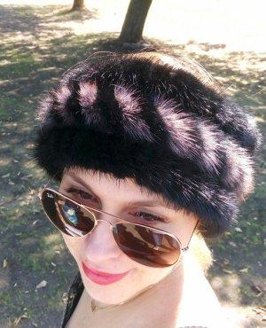 Earmuff black-grey pelt