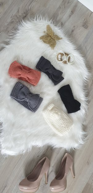 Bonnet en crochet noir-gris
