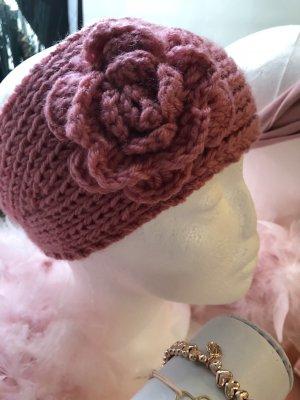 Sombrero de punto rosa