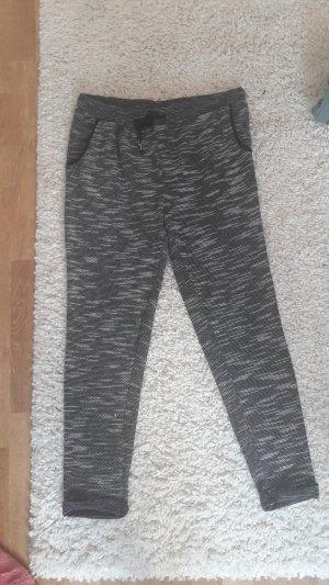 Stoffhose Hose von Esmara Größe 40/ 42 schwarz weiß