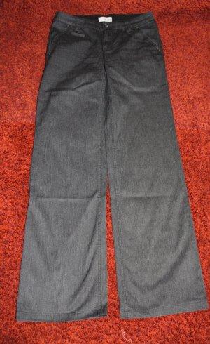 Stoffhose Schlaghose bootcut in grau von Esprit Gr. 34 lang