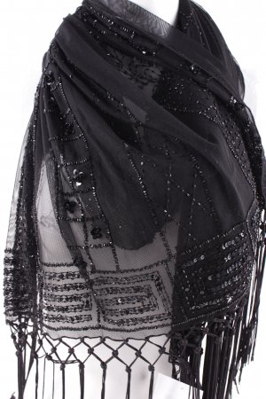 Chal negro elegante