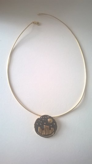 Collar estilo collier color oro-negro