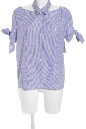Storets Kurzarm-Bluse blau-weiß Streifenmuster Street-Fashion-Look