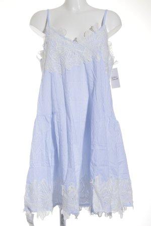 Storets Overgooier babyblauw-wit gestreept patroon casual uitstraling