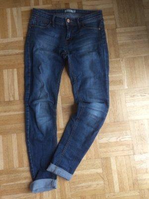 *Stradivarius* Jeans Blue mit Waschung