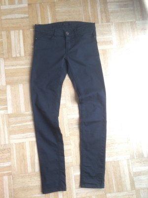 *Stradivarius* Jeans in schwarz glänzend