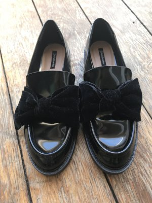 Stradivarius Schuhe Schleife schwarz