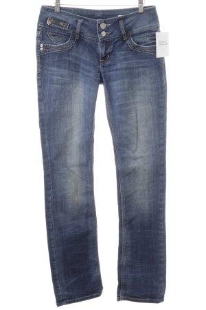 Jeans coupe-droite bleu acier style mode des rues