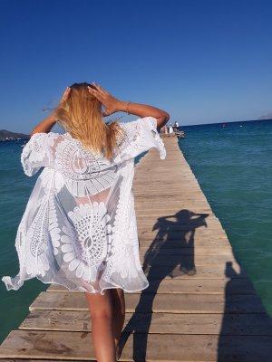 Strandbekleidung, Weiß, Blumendetails