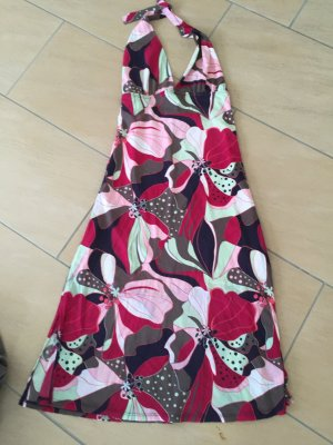 Strandkleid mit Blumenoptik