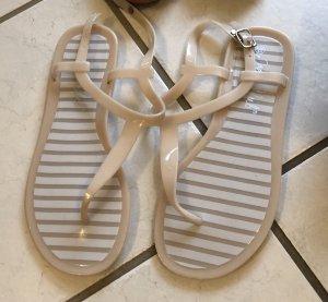 Sandalias de playa blanco-beige