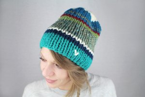 Bonnet multicolore fibre synthétique