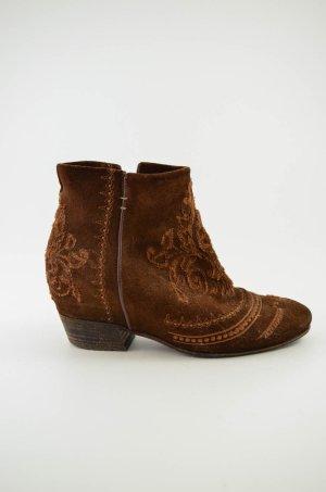 STRATEGIA Damen Stiefeletten Boots Keilabsatz Braun Wildleder Bestickt Gr.38