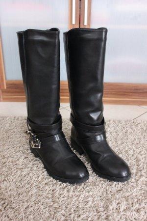 Strdivarius Stiefel mit Fellfutter schwarz neuwertig