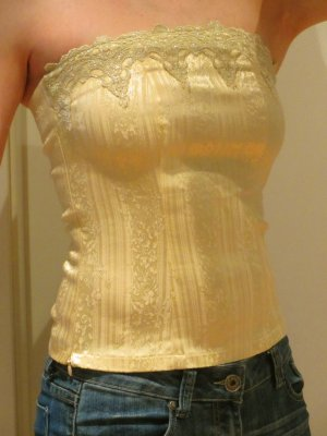 Strech-Bandeau-Top, gold, mit Stickereien