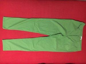 Strechhose in leuchtendem grün