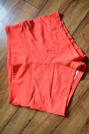 Strechige Rote Sport Hot Pants Gr. 38 von Gym Aesthetics