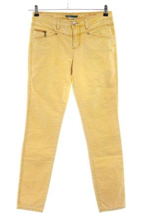 Street One Pantalón de pana amarillo pálido look casual